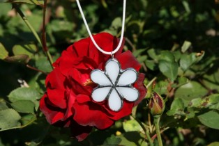 jewel flower white - Tiffany jewelry