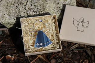 little angel with blue flowers  - Tiffany jewelry