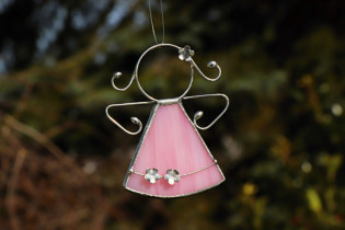 little pink angel with flowers  - Tiffany jewelry